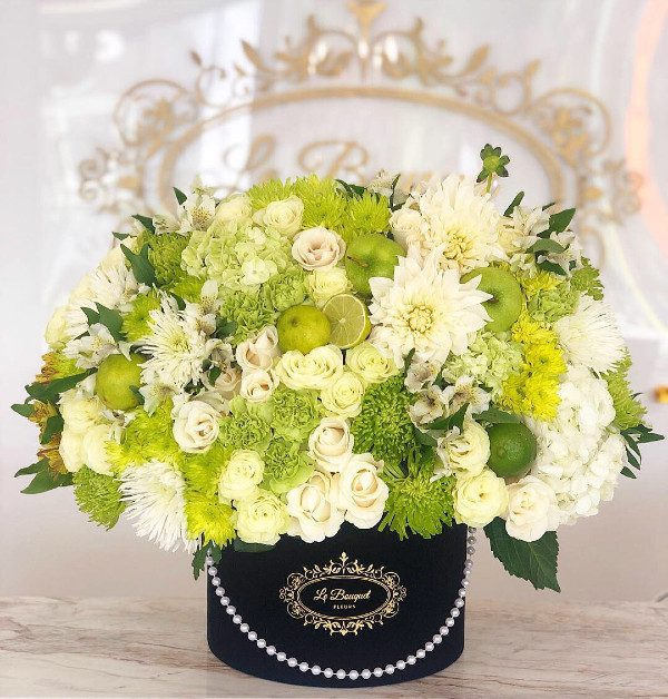 Green Flower Mixed Bouquet
