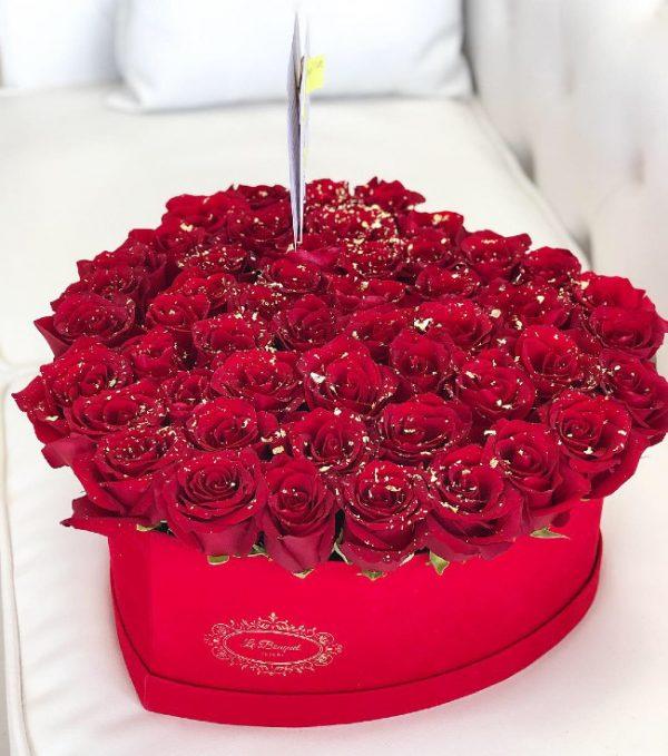 Large Heart Orlando Roses