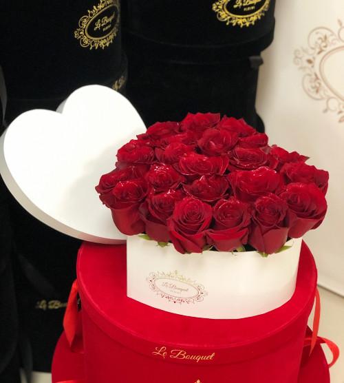 Medium Heart Roses