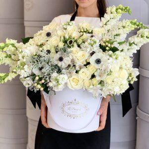 Mixed-Flower-Arrangement